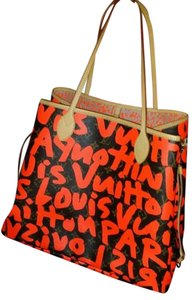 Louis Vuitton Tote in Orange