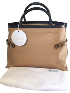 Chloé Leather Beige Navy Tote in Desert Tan NWT