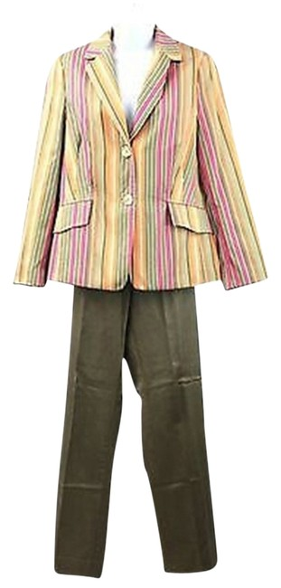 Preload https://item4.tradesy.com/images/apriori-striped-us-i-48-pant-suit-size-12-l-3015028-0-0.jpg?width=400&height=650