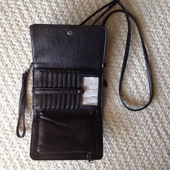 Kenneth Cole Wristlet in Black