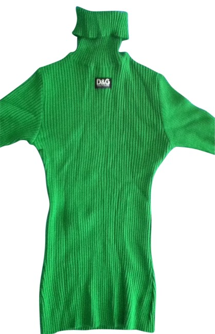 Preload https://item5.tradesy.com/images/dolce-and-gabbana-green-sweaterpullover-size-2-xs-30179-0-0.jpg?width=400&height=650