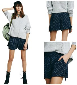 Free People Bella Print Tie Blue Mini/Short Shorts Indigo
