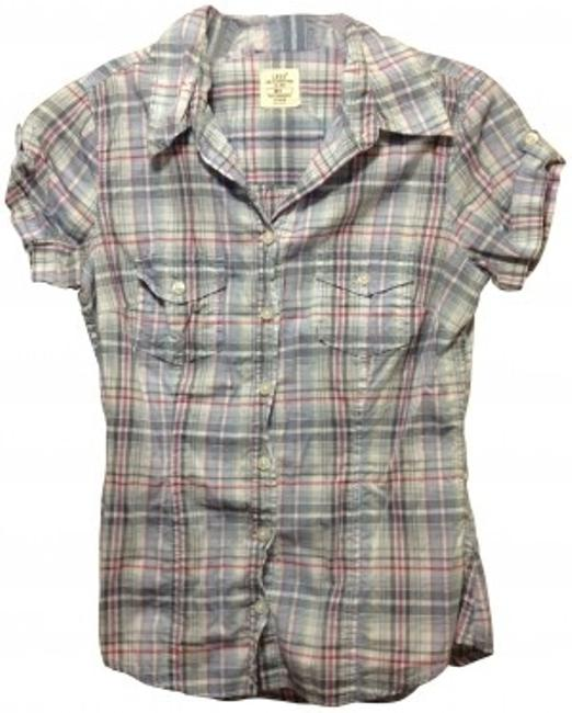 Preload https://item4.tradesy.com/images/h-and-m-blue-and-pink-plaid-short-sleeve-button-down-top-size-4-s-30188-0-0.jpg?width=400&height=650