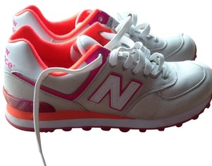 New Balance Cream, Pink And Orange Athletic