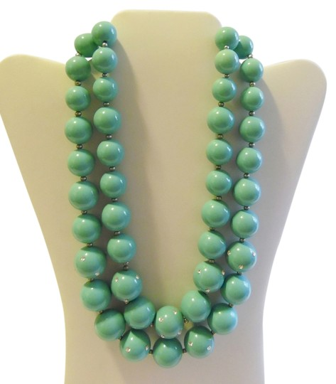 Preload https://item2.tradesy.com/images/real-collectibles-by-adrienne-goldtone-double-strand-turquoise-color-necklace-3019846-0-0.jpg?width=440&height=440