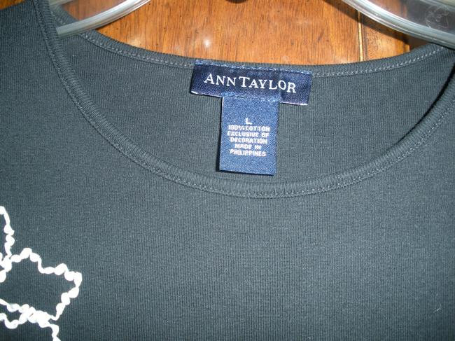 Ann Taylor Embroidered T Shirt Black/White