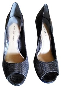 Gianni Bini gray snake..navy suede Pumps