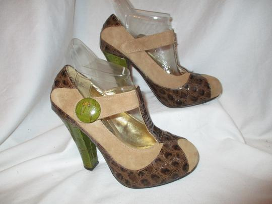 Naughty Monkey Leather Zcmc brown, tan & green Pumps