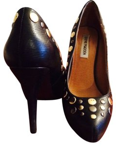 Steve Madden Black w/ silver & gold Pumps
