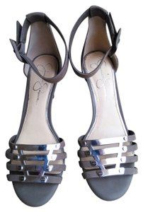 Jessica Simpson taupe/grey Sandals