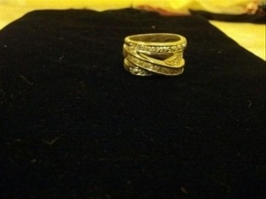 Other Size 7 Stunning CZ crossover Ring with band