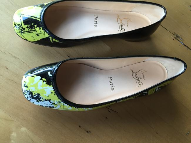 Item - Black Patent/Yellow White Flats Size US 7.5 Regular (M, B)