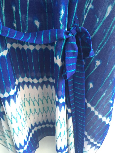 BCBGMAXAZRIA Resort Top Blue