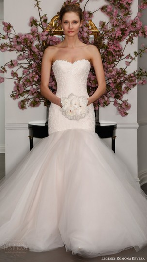 Preload https://item2.tradesy.com/images/romona-keveza-off-white-pale-ivory-lace-l315-from-legends-by-feminine-wedding-dress-size-6-s-3025786-0-1.jpg?width=440&height=440