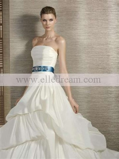 Ivory Tornado Wedding Dress Size 8 (M)