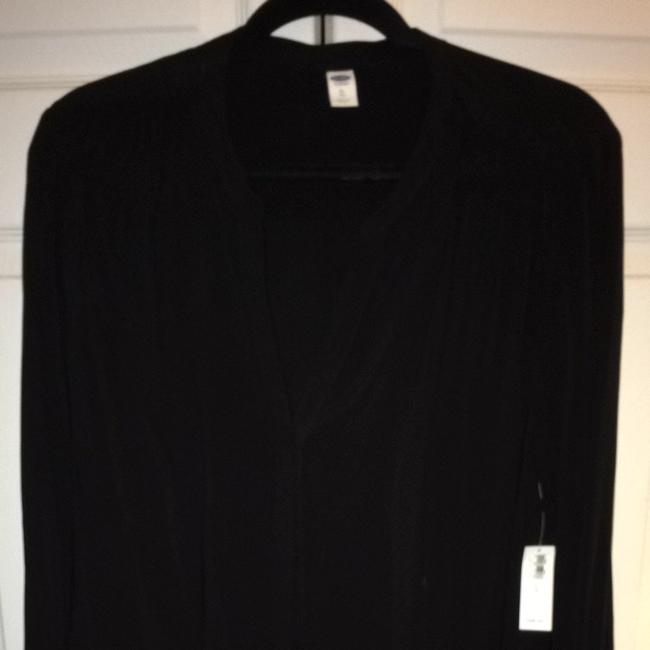 Preload https://item1.tradesy.com/images/old-navy-black-button-blouse-size-16-xl-plus-0x-3030490-0-0.jpg?width=400&height=650