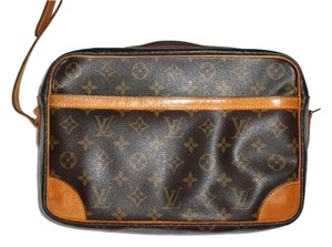 Louis Vuitton Monogram Leather Trocadero Cross Body Bag