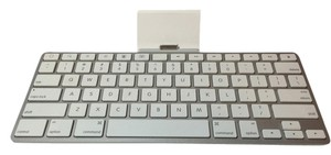 Apple Apple IPAD Keyboard Dock ; Model # A1359 (2nd Generation Port) [ Roxanne Anjou Closet ]