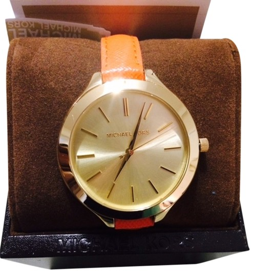 Michael Kors Michael Kors Mid-Size Orange Leather Runway MK2275 w/box