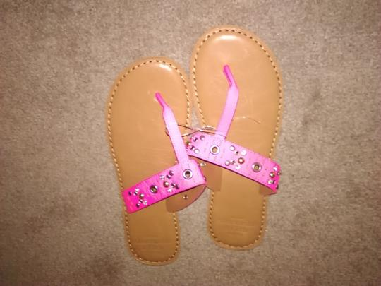Abercrombie & Fitch pink Sandals
