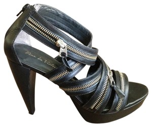Pour La Victoire Leather Zip Sexy Black Platforms