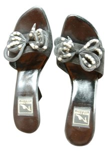 Reed Evins Flirty Wedge With Fabulous Flirty Pearl Bows Black Sandals