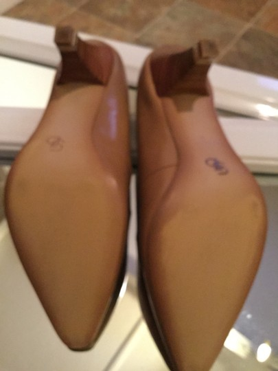Circaa by Joan David Luxe Versatile Traditional New Tan Leather Pumps
