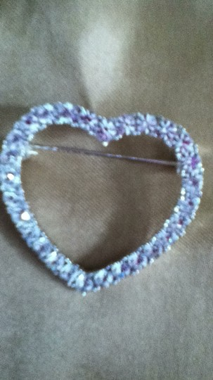 Other rhinestone heart brooch