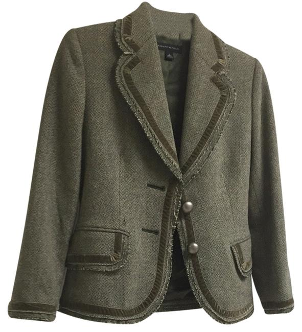 Preload https://item4.tradesy.com/images/banana-republic-olive-green-blazer-size-2-xs-3043333-0-0.jpg?width=400&height=650