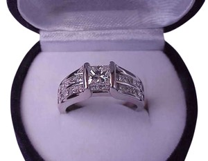 $16249 Unisex 2.00ctw Natural Princess Cut Diamond 14k White Gold Ring, IGL Appraisal Included