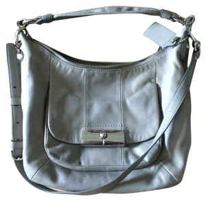 Coach Classic Casual Cross Body Bag