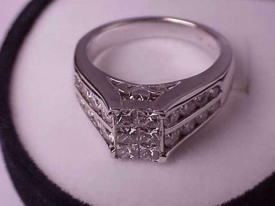 Other $8000 Unisex 2.00ctw Princess Brilliant Cut Diamonds 14k White Gold Ring, Appraisal Included!