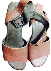 Calvin Klein Brown/Dark Brown Sandals