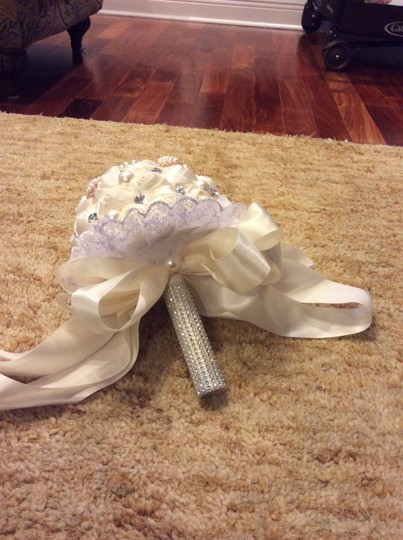 Ivory and White Pearl Rhinestones Satin Bouquet Ceremony Decorations