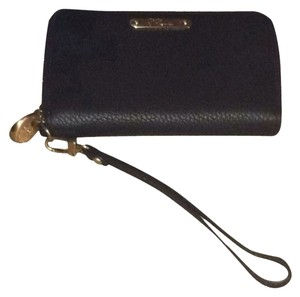 GiGi New York Gigi Pebbled Leather Wristlet