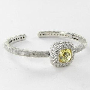Judith Ripka Judith Ripka Isabella Bracelet Square Canary With White Sapphires 928