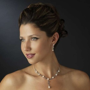 Elegance By Carbonneau Pearl And Rhinestone Wedding Jewelry Set