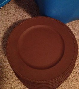 Bed Bath & Beyond Brown 150 Plate Chargers Tableware