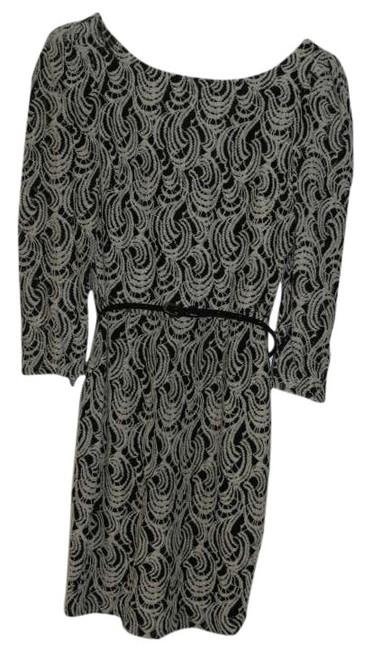 Preload https://item2.tradesy.com/images/gianni-bini-black-and-white-above-knee-cocktail-dress-size-4-s-305526-0-0.jpg?width=400&height=650