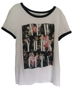American Eagle Outfitters T Shirt White with black piping