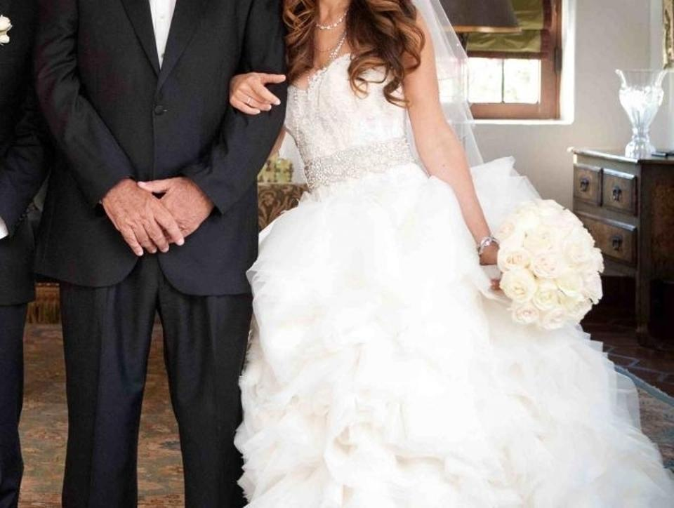 Ivory Ball Gown Wedding Dress: Lazaro Ivory Organza Flounce Ball Gown With Lace 3213