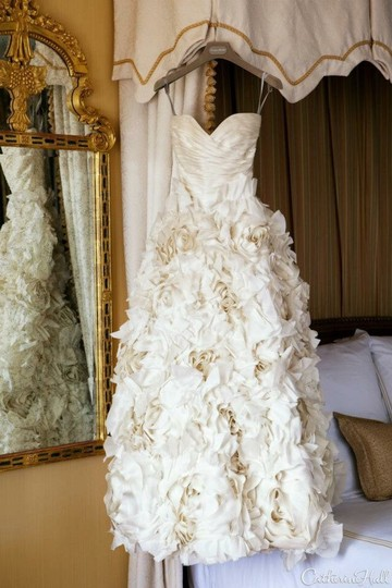 Monique Lhuillier Sunday Rose Wedding Dress