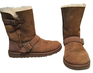 UGG Australia Sherpa Lined Distressed Look Sand Boots