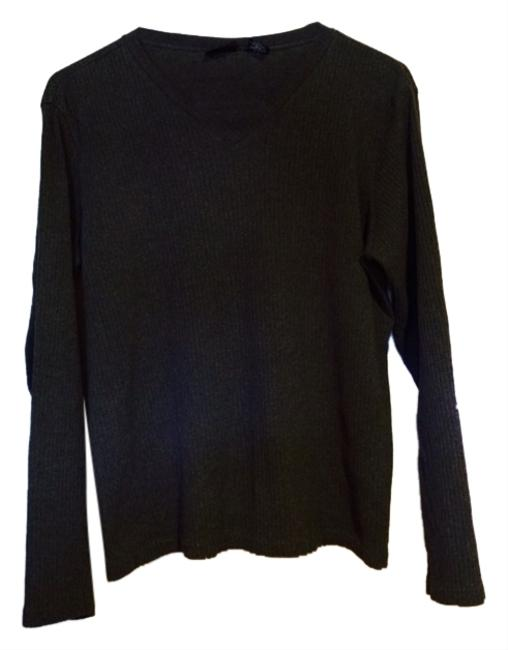 Preload https://item1.tradesy.com/images/new-york-and-company-sweater-3067210-0-0.jpg?width=400&height=650