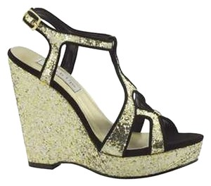 Benjamin Walk Gold Wedges
