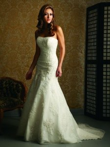 Allure Bridals Brand New Allure Edition P907 Wedding Dress