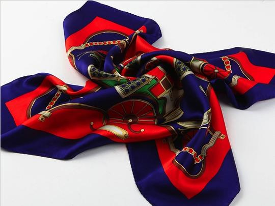 """Handmade Medium Square Silk Scarf Fine 100% High Quality Painted with Hand Rolled Hem Red Coach Theme Floral Pattern 21"""" x 21"""" (52x52cm) neckerchief"""