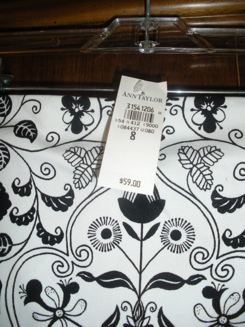 Ann Taylor Brand New Skirt Black & White