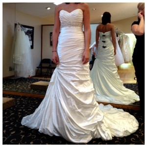 Sottero and Midgley Ivory Satin Adorae Modern Wedding Dress Size 6 (S)