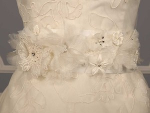 Homa Bridal Magnolia Diamond White Embellished Bridal Sash